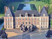 Vue aérienne du Château de Courances